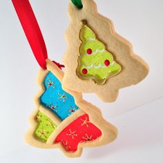 """Stained Glass Christmas cookies are showstoppers. The stained glass effect is a classic, and by adding royal icing trimming you can really kick up the """"wow"""" factor."""