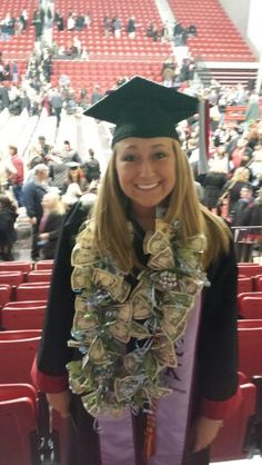 The perfect College graduation gift! High School Graduation Gifts, Graduation Presents, College Graduation Gifts, Graduation Decorations, Graduation Leis, Graduation 2015, Creative Money Gifts, Money Lei, Grad Parties