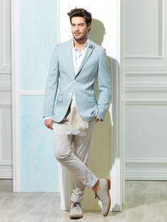 Sade kıyafetinizle kullandığınız doğru aksesuarlarla muhteşem bir şıklık yakalayabilirsiniz. #hatemoglu #fashion #takimelbise www.hatemoglu.com