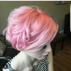 @rosedoeshair is all about DAT pink