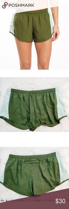 f471e238f1421 Oiselle Womens Money Green Distance Running Shorts Awesome distance shorts  from Oiselle! Women's size 12