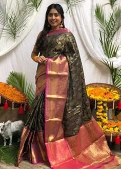 Sarees Online | Buy Sarees Online |@ ibuyfromindia.com Latest Silk Sarees, Art Silk Sarees, Black Saree, Pink Saree, Traditional Sarees, Traditional Design, Silk Sarees With Price, Silk Sarees Online, Saree Dress