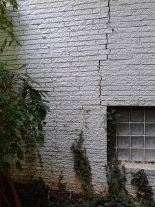 Tree Damage To Home Atlanta GA 30029 - Damage to your home or business? You need a Public Adjuster. Call 678-667-3485