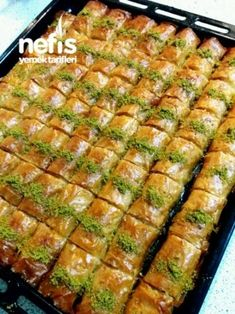 Roll Pastry Dessert (With Baklava Pastry Pastry) - Delicious Recipes Easy Casserole Recipes, Sweet Potato Casserole, Veggie Rolls, Baked Fish Fillet, Dinner Recipes, Dessert Recipes, Pastry Recipes, Herb Stuffing, Homemade Cornbread