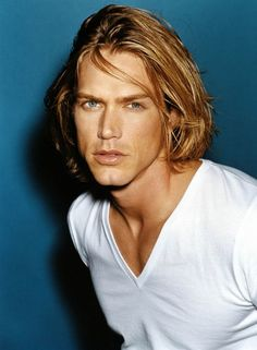 Jason Lewis from Sex and the City. I can see why they cast him for that show...