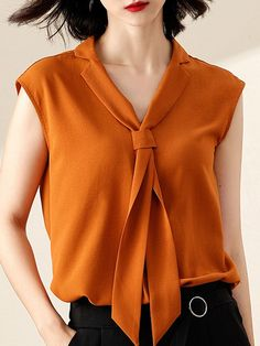 V Neck Patchwork Plain Blouses Effective Pictures We Offer You About Women Blouse sleeveless A quality picture can tell you many things. You can find the most beautiful pictures that can be presented to you about Women Blouse indian in Blouse Styles, Blouse Designs, 50s Style Wedding Dress, Holiday Formal Dresses, Bluse Outfit, Fitness Wear Women, V Neck Blouse, Casual Tops, Clothes For Women