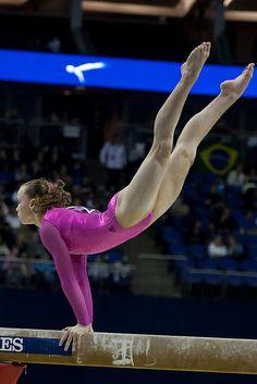 rebecca bross gymnast all around 41st artistic gymnastics world wag london balance beam usa