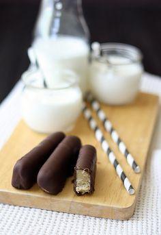 homemade twix: shortbread, caramel, chocolate