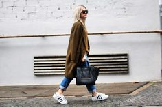 Celine mini Fluggage schwarz, adidas Superstar, blogger modelovers
