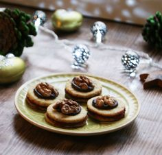 cookies with walnut