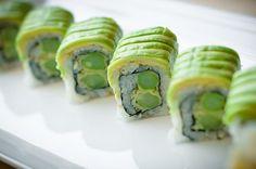 avacado sushi rolls