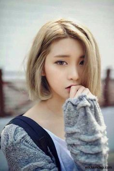 The woman | Asian beauty | Korean | Beautiful | Short blonde hair