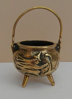 vintage brass witch cauldron Wicca Pagan flying on broom witchcraft 3 leg pot | eBay