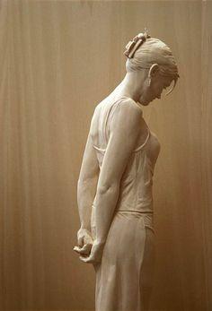 Easy Clay Sculptures : Stunningly Life-Like Figures Hand Carved from Wood by Peter Demetz - Dear Art Easy Clay Sculptures, Human Sculpture, Sculpture Clay, Sculpture Ideas, Bronze Sculpture, Contemporary Sculpture, Italian Artist, Wassily Kandinsky, Wood Art