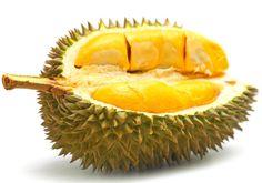 Durián. Se produce en Malasia, Indonesia,Tailandia,Filipinas y China. Su olor es muy desagradable pero no su sabor.