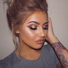 """JAMIE GENEVIEVE on Instagram: """"What do you mean gold pigment is too much for a Tuesday.  .. EYES @doseofcolors eyedeal duo in sunset @tartecosmetics #tartlette2 palette @tartecosmetics tartiest liner @nablacosmetics nude magic pencil @eldorafalseeyelashes in #m104 .. BROWS @anastasiabeverlyhills dark brown dipbrow @benefitcosmeticsuk gimme brow .. FACE #tartecosmetics clay foundation @stilacosmetics all day bronzer @beccacosmetics opal highlight .. LIPS @lasplashcosmetics in #honeyblonde"""""""
