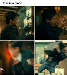 Really Funny Memes, Stupid Funny Memes, Funny Relatable Memes, Anime Meme, Funny Umbrella, Sherlock, Dysfunctional Family, Under My Umbrella, Fandoms