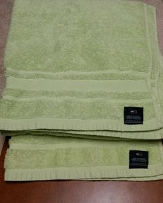 "(2) Tommy Hilfiger Solid Lime Green Big Bath towels 100% Cotton 30""x54"" NWOT in Home & Garden, Bath, Towels & Washcloths | eBay"