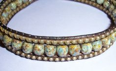 triple band, using large and small beads. clever.