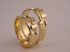 Edelsmid Ton van den Hout trouwringen Wedding Men, Wedding Rings, Jewelry Rings, Jewlery, Ring Verlobung, Engagement Rings, Alice, Ornament, Jewels
