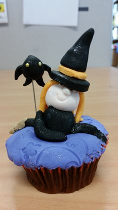 Witch that I created at a cupcake decorating class