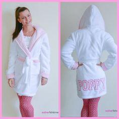Poppy robe www.estherfehernemu.hu