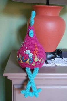 fabulour crochet hen with beautiful embroidery.  the perfect gift for my neice