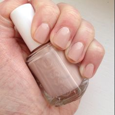 Essie Topless and Barefoot #NOTD