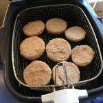 Rántott hús, rántott sajt, rántott zöldségek | mókuslekvár.hu Griddle Pan, Grilling, Grill Pan, Crickets