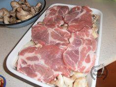 Wanilia i Kardamon: Karkówka pieczona z ziemniakami i pieczarkami Pork Recipes, Cooking Recipes, Calzone, Tortellini, Mozzarella, Casserole, Steak, Bbq, Food And Drink