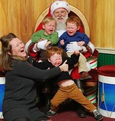 Kids with Santa Turning Into a Riot with Every Baby Crying - Picture With Santa ---- hilarious jokes funny pictures walmart humor fails
