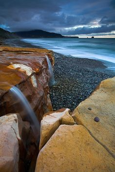 Seven Mile Beach in South Island of New Zealand