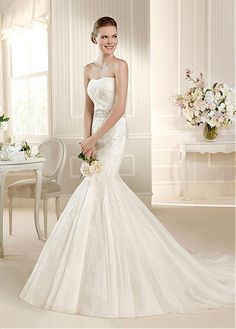 STUNNING TULLE SATIN SWEETHEART NECKLINE NATURAL WAISTLINE MERMAID WEDDING DRESS SEXY LADY LACE FORMAL PROM