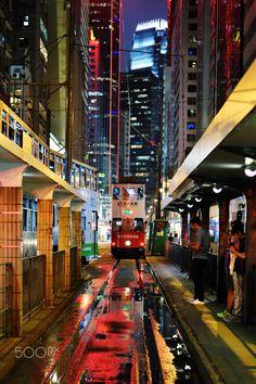 Hong Kong Central tram station - www.minuteazimut.com