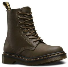 7cfc5268f34 Dr. Martens Unisex Pascal 8-Eye Boot Doc Boots