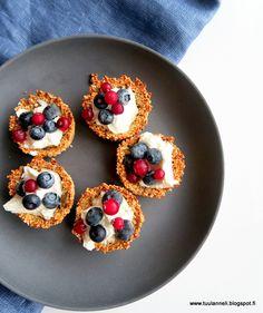 granolakupit siemennäkkärireseptillä brunssipöytään