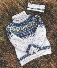 Fair Isle Knitting Patterns, Fair Isle Pattern, Icelandic Sweaters, Current Fashion Trends, Color Patterns, Knitted Hats, Knit Crochet, Winter Hats, Tweed