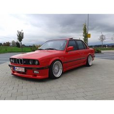E30 PCRED: To its respective owner #KlasickFtm3nt #BMW #e30