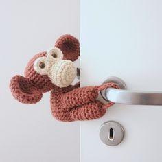 Tranca-Portas Macaco Joca – Ideias de Mamãe