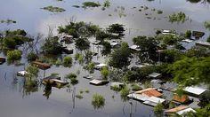 Decenas de miles de evacuados por las inundaciones en Paraguay, Uruguay y Argentina   Radio Panamericana