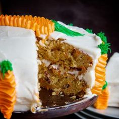 Carrot Cake w/ Brown Sugar Cream Cheese Frosting -- semi-homemade, buttery yellow cake mix makes this cake melt-in-your-mouth amazing! Semi Homemade Carrot Cake Recipe, Cake Mix Carrot Cake Recipe, Easy Carrot Cake, Cupcakes, Cupcake Cakes, Bundt Cakes, Cake Cookies, Carrots Cake, Easy Cake Recipes