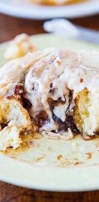 Overnight Buttermilk Soft and Fluffy Cinnamon Rolls with Cream Cheese Frosting | 21 Ways To Make The Coziest Cinnamon Rolls