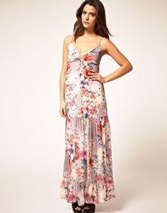great outdoor wedding dress