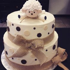 shower lamb cake ideas inspirational rustic sheep baby shower cake by the lucky cupcake pany - - Baby Shower cakes -Baby shower lamb cake ideas inspirational rustic sheep baby shower cake by the lucky cupcake pany - - Baby Shower cakes - Torta Baby Shower, Baby Shower Pasta, Fiesta Baby Shower, Boho Baby Shower, Baby Boy Shower, Sheep Cake, Lamb Cake, Baby Sheep, Baby Shower Desserts
