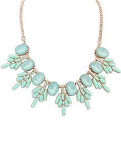 Green Gemstone Gold Chain Necklace 7.93