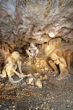Petralona Cave, Halkidiki, Greece Greece Mythology, Halkidiki Greece, Macedonia Greece, Greek History, Greece Travel, Greece Trip, Greece Islands, Ancient Greece, Cave