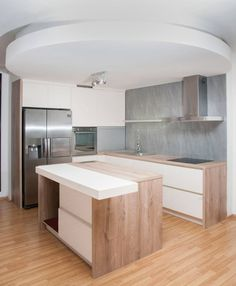 MK Marek kuchyně a interiety: Galerie truhlářských prací.                                                   Vyrábíme? kuchyně na míru, bytový nábytek,                                                    koupelnový nábytek, kancelářský nábytek, výroba šatních skříní,                                                    výroba vestavěných skříní, včetně montáže a dopravy.