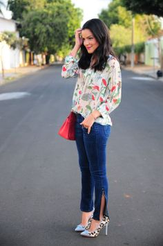 blog-da-mariah-look-do-dia-jeans-camisa-equipment-floral-transparente-celia-truffi-3