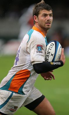 Willie Le Roux Photos - Willie le Roux during the Super Rugby match between The Sharks and Toyota Cheetahs from Kings Park on April 2013 in Durban, South Africa. - Super Rugby Rd 10 - Sharks v Cheetahs South African Rugby, Hot Rugby Players, Super Rugby, Kings Park, Rugby League, Cheetahs, April 20, Sharks, Athletes