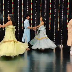 Dance Choreography Videos, Dance Videos, Indian Wedding Songs, Wedding Dance Video, Ladies Sangeet, Cool Dance Moves, Bollywood Wedding, Romantic Songs Video, Cute Couple Videos